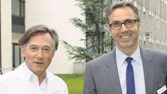 Chefarzt und Medizinischer Direktor Thierry Ettlin (links) und Administrativer Direktor Matthias Mühlheim freuen sich über 2012.