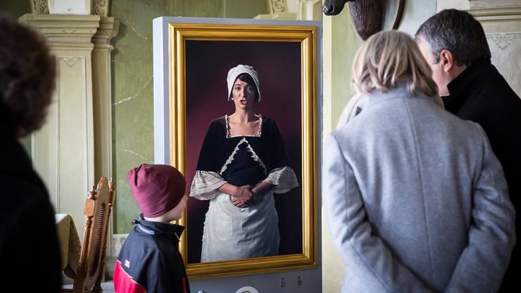 Die Ausstellung von Schloss Wildegg lockt neu mit sprechenden Porträts.