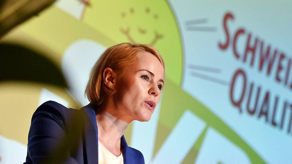 Die Delegierten der Zürcher SVP nominierten Nationalrätin Natalie Rickli am Dienstagabend an einer ausserordentlichen Versammlung in Illnau als Regierungsratskandidatin