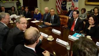 US-Präsident Obama und die Internet-Firmenchefs bei ihrem Treffen