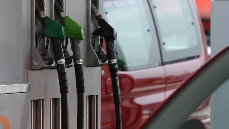 Die Preise sinken wegen den günstigeren Mineralölprodukten