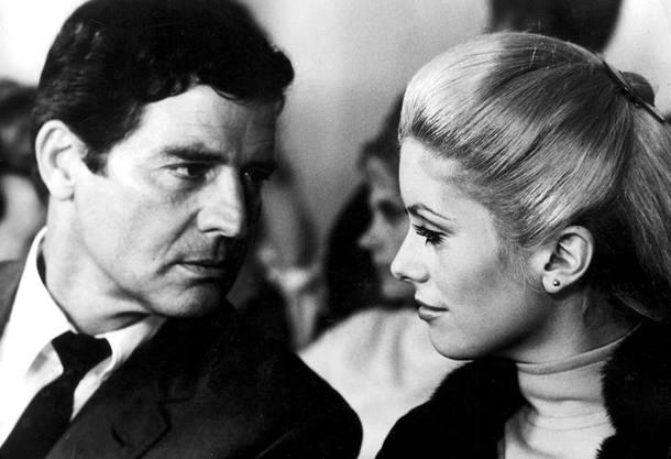 Hubschmid und Catherine Deneuve in einer Szene des Filmes Manon 70. Der in der Schweiz geborene Hubschmid ist am 1. Januar 2002 in Berlin einer schweren Krankheit erlegen.