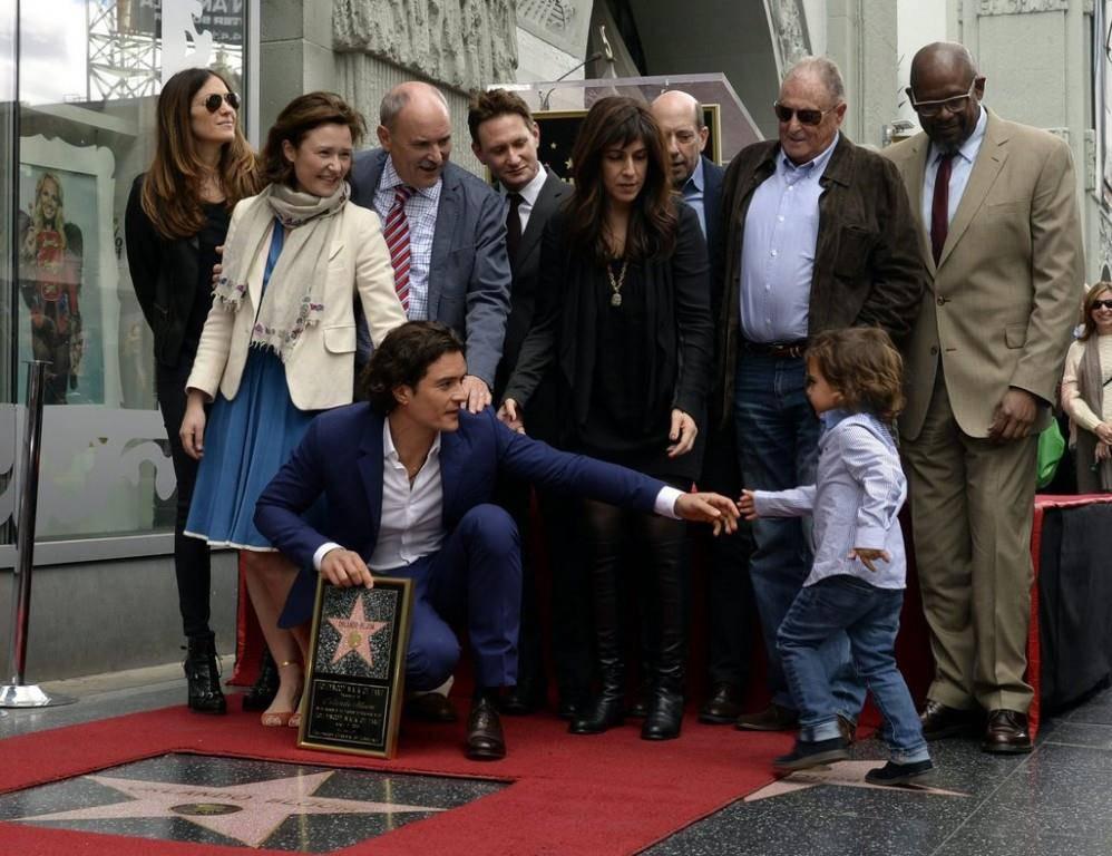 Der britische Schauspieler erhält 2014 einen Stern auf dem Walk of Fame in Hollywood (© EPA/Michael Nelson)