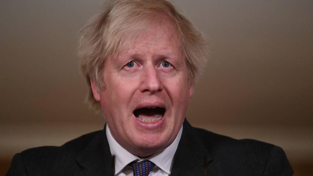 Boris Johnson, Premierminister von Grossbritannien, spricht während eines Medienbriefings zur aktuellen Corona-Pandemie in der Downing Street.