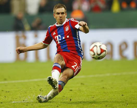 Philipp Lahm rutscht aus