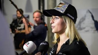 Lara Gut an der Medienkonferenz von Swiss-Ski.