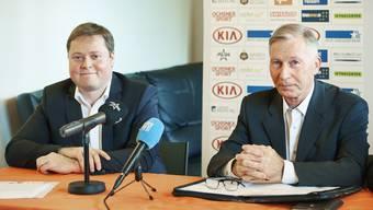 Philipp Bonorand und FC-Aarau-Präsident Alfred Schmid, der in jenem endlich einen Nachfolger gefunden.