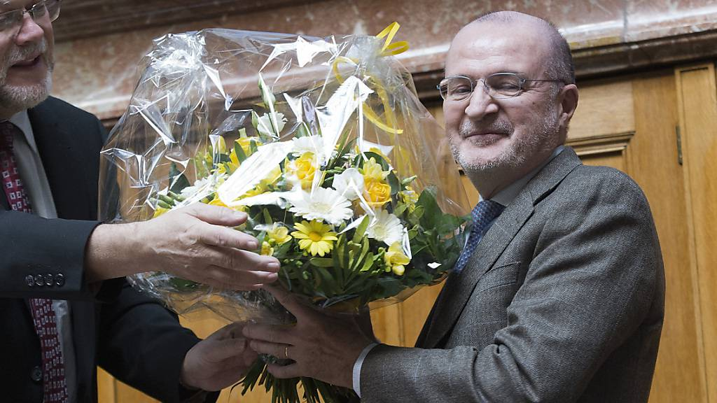 Fulvio Pelli zieht es zurück auf die Politbühne. Bild seiner Verabschiedung im Nationalrat 2014.
