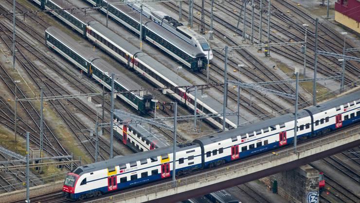 Das Angebot wird immer grösser. Doch mit der steigenden Auslastung vergrössern sich auch die Probleme auf dem Schweizer Schienennetz.