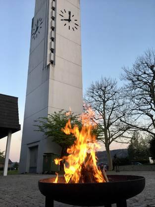Osterfeuer am Karsamstag der reformierten Kirche Untersiggenthal