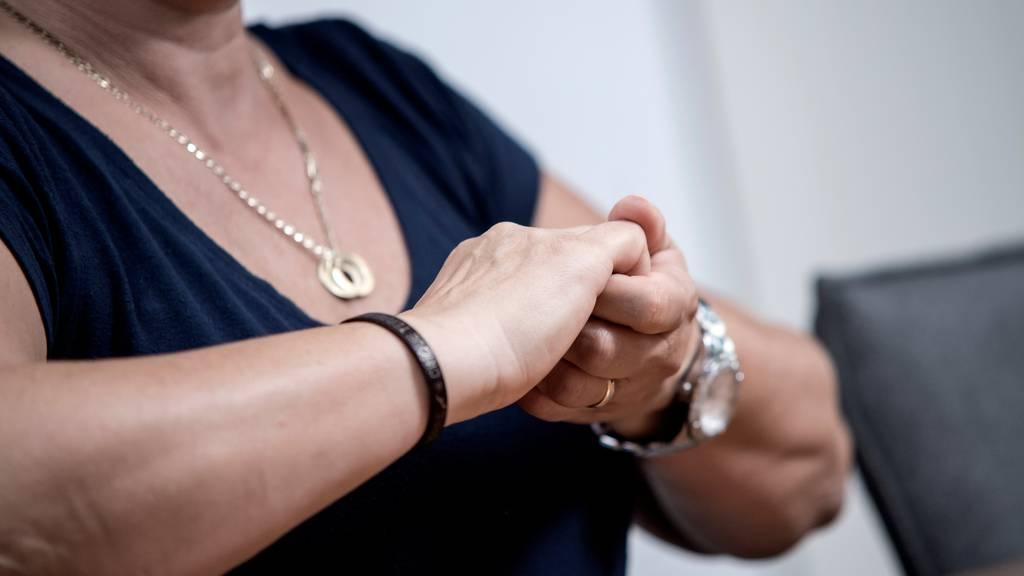 Gehörlosenbund warnt vor falschen Spendensammlern