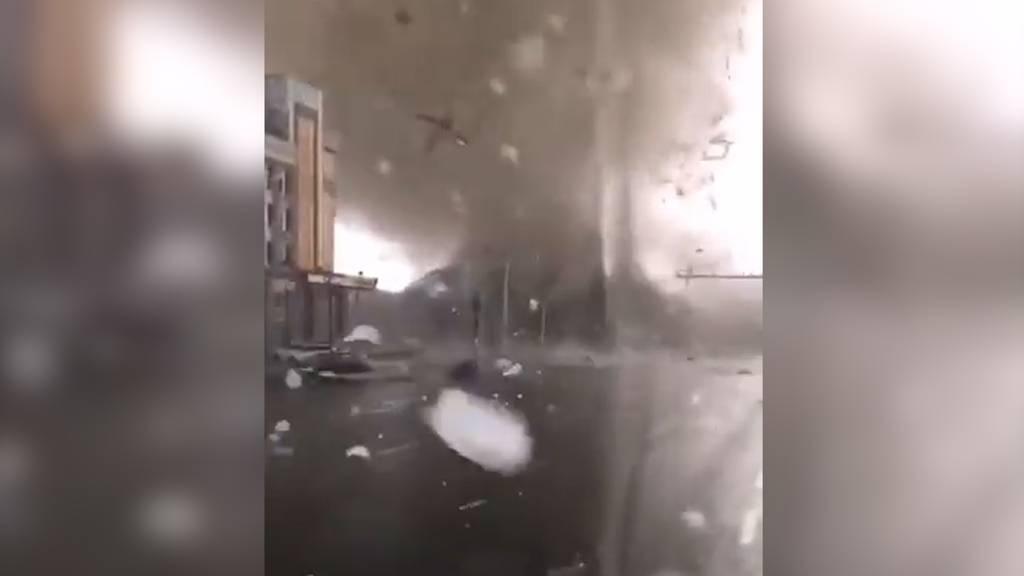 Tote und Verletzte durch Tornado