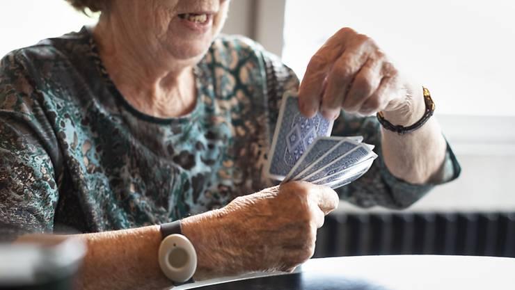 Auf laufende Renten wirkt sich die Senkung des Umwandlungssatzes der Aargauischen Pensionskasse nicht aus. (Symbolbild)
