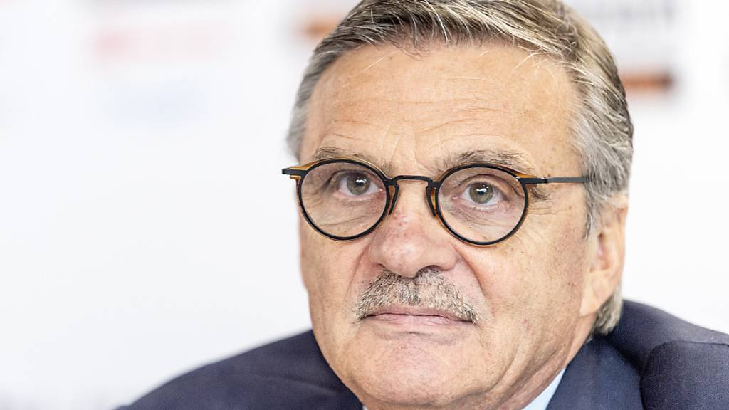 René Fasel, der Präsident des internationalen Eishockeyverbandes IIHF, kann nach einem positiven Corona-Test nicht nach Weissrussland reisen