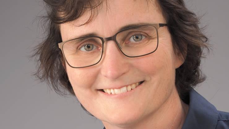 Chantal Ritter startete als Tierärztin in Grosstierpraxen und führte anschliessend für mehr als zehn Jahre eine eigene Kleintierpraxis.