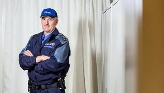 Thomas Zbinden ist Polizeichef der Regionalpolizei Suret in Suhr. Im Gespräch verrät er die dümmste Ausrede, die er in den letzten Jahren gehört hat.