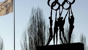 Für zwei Schweizer Kandidaturen geht der Traum von Olympischen Spielen weiter