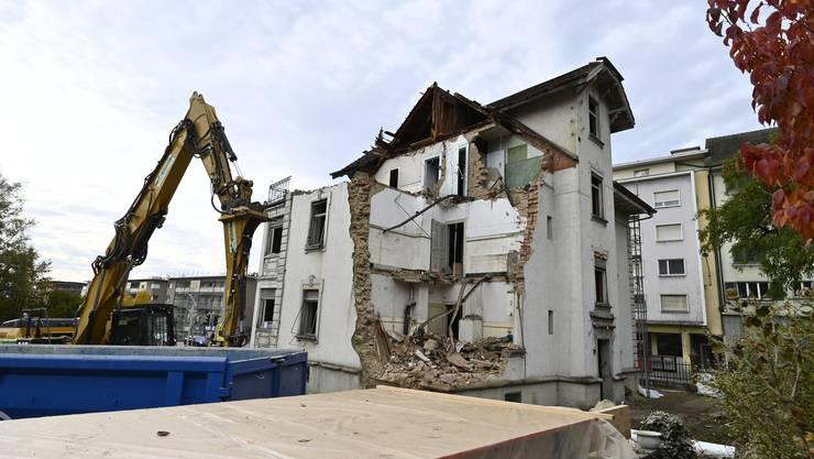 Die nordöstliche Ecke wurde bereits abgerissen.