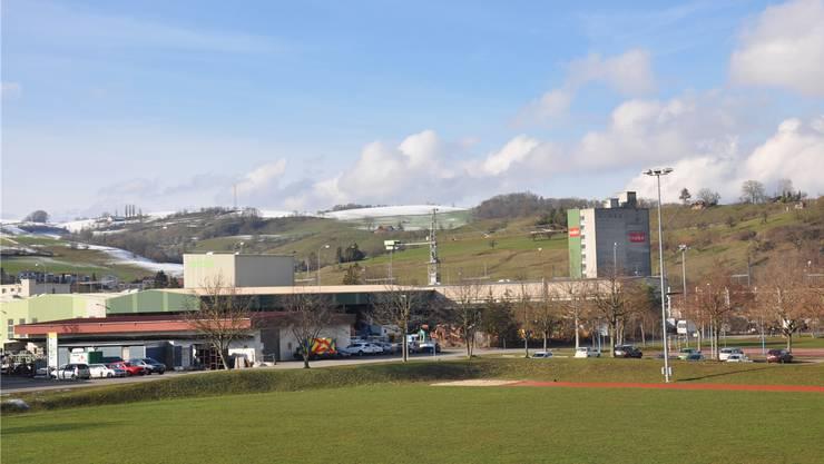 Die Gemeinde Frick bewirbt sich mit dem Areal der K.Studer AG als Standort für eine Mittelschule im Fricktal. zvg
