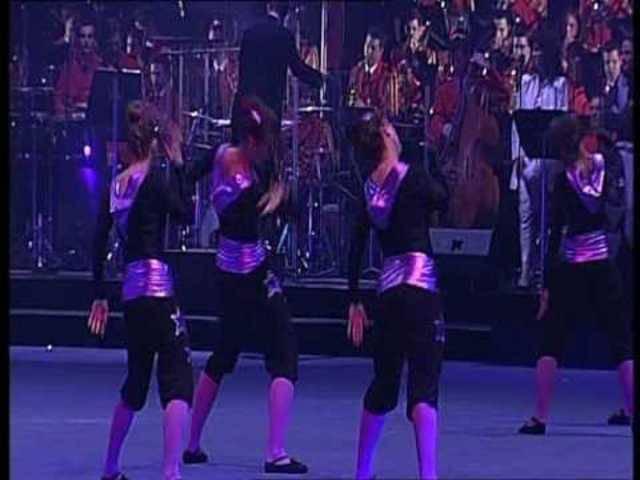 Die Damenrige Bözen an der Gymotion 2010 – live begleitet von der Swiss Army Concert Band