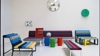 Die Parkbank als Sofa: «Gibt es etwas Romantischeres als eine Parkbank, wenn man tagsüber mal ein Nickerchen machen möchte?», fragt Designer Adrien Rovero.