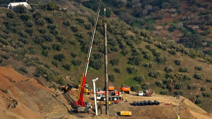 Der zweijährige Julen war in ein über 100 Meter tiefes, illegal gegrabenes Bohrloch gefallen. Seine Leiche wurde zwei Wochen später in 70 Metern Tiefe gefunden. (Archivbild)