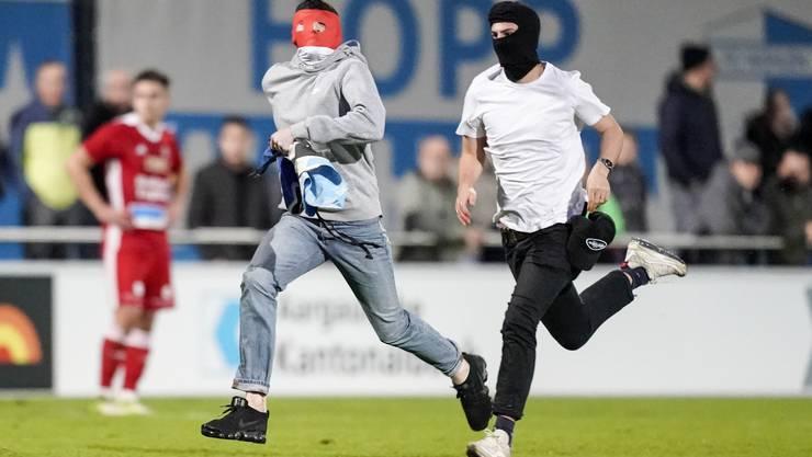 FC Baden-Präsident Heinz Gassmann verurteilt die Aktion der Fahnendiebe: «Die dämliche Aktion der zwei Lausbuben ist beschämend.»