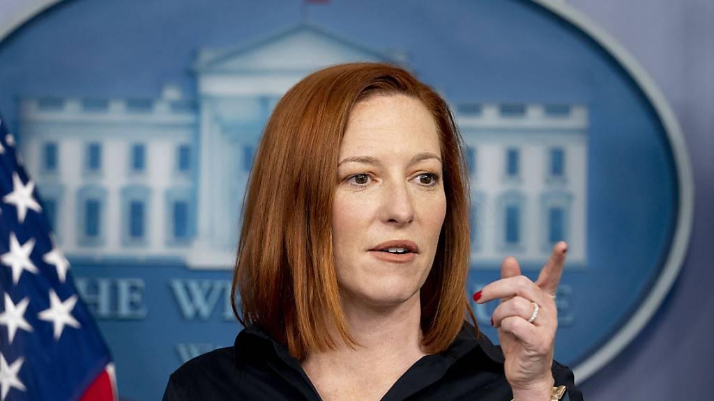 Jen Psaki, Pressesprecherin des Weißen Hauses, spricht während einer Pressekonferenz im Weißen Haus. Foto: Andrew Harnik/AP/dpa
