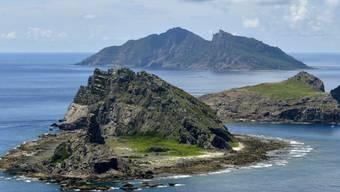 Um den Anspruch auf diese drei Inseln streiten sich China und Japan: In der Gegend werden Rohstoffvorkommen vermutet. (Archivbild)