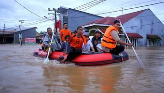 Bereits im Januar kam es in der indonesischen Provinz Südsulawesi zu schweren Überschwemmungen.  (Archivbild)
