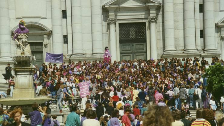 Aufnahmen vom Gosteli Archiv zum Frauenstreik 1991 in Solothurn