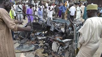 Das Auto, in der die Bombe detonierte, wurde komplett zerfetzt. Mindestens acht Menschen starben beim Anschlag.