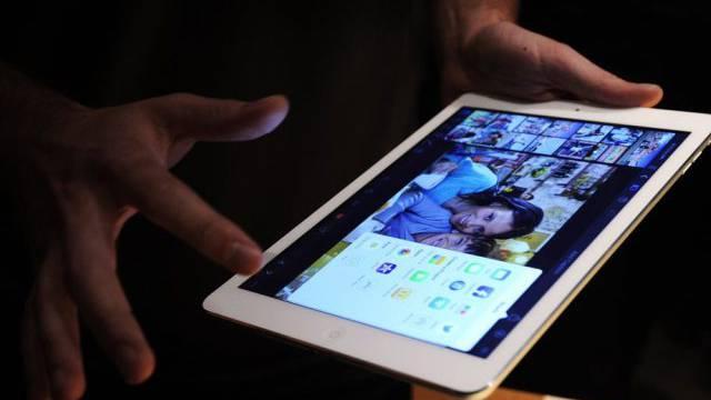 Das iPad Air ist eines der neuen Apple-Tablets (Archiv)