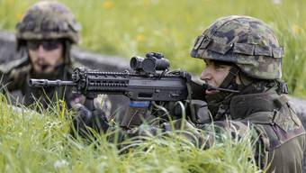 EU-Kommission will das Schweizer Sturmgewehr verbieten (Symbolbild)