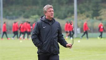 Marco Schällibaum fordert von seiner Mannschaft kontrollierten Mut gegen den FCL.