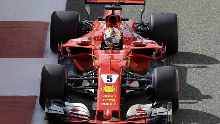 Sebastian Vettel auf dem Yas Marina Circuit in Abu Dhabi