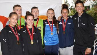 Die Medaillengewinner der U17-Kategorie: Jill Frangi, Reto Pfund, Rebekka Merkofer, Mathis Jucker, Paula Widmer, Zoé Vergé-Dépré, Dominic Häfliger (v.l.).