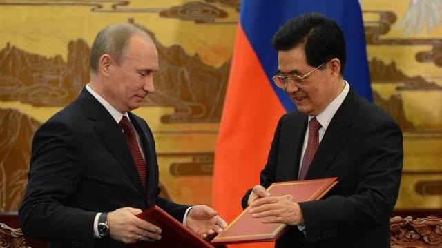 Putin (links) und Hu in Peking