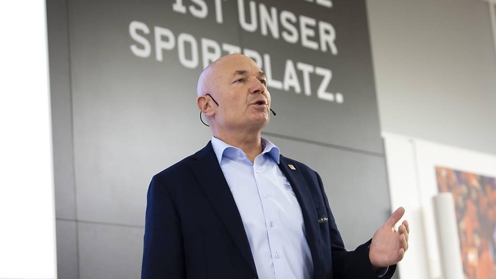 Ligadirektor Denis Vaucher nach Abbruch der Eishockey-Saison: «Das ist ein schwarzer Tag fürs Schweizer Eishockey, der die Klubs vor immense finanzielle Konsequenzen stellt.»
