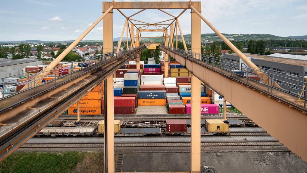 Schweizer Aussenhandel kommt nicht vom Fleck