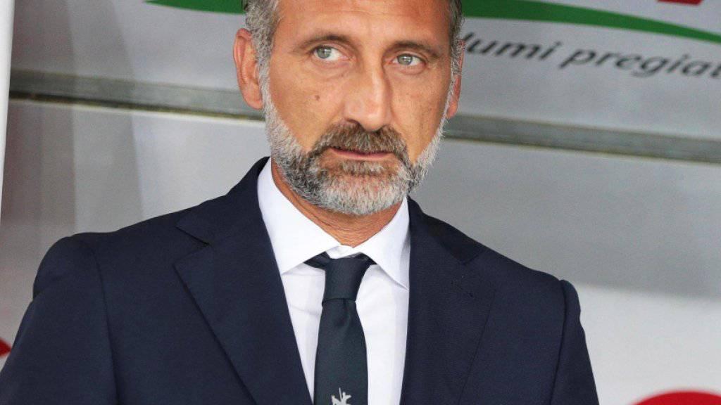 Trainer Lorenzo D'Anna von Chievo Verona befindet sich in der Serie A mit seinem Team nach dem Abzug von drei Punkten mit zwei Zählern im Minus
