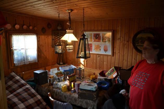 2 Das Gebäude ist isoliert und kann beheizt werden, sodass das Paar im Winter auch mal ein Fondue-Essen hier ausrichten kann