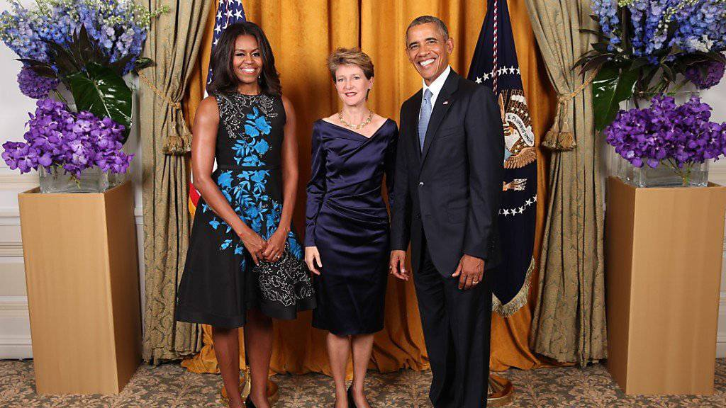 Bundespräsidentin Simonetta Sommaruga beim Empfang durch Michelle und Barack Obama in New York (Bildquelle: The White House, Washington).