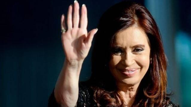 Die argentinische Präsidentin Kirchner zeigt sich im Streit um die Falkland-Inseln unnachgiebig (Archiv)