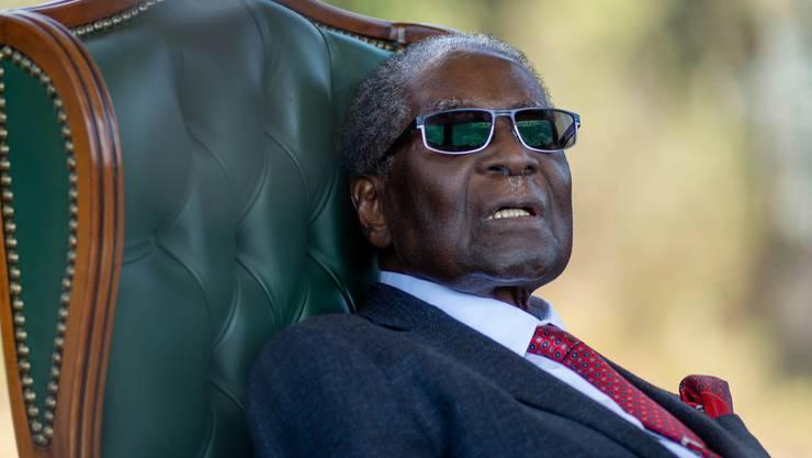 6. September: Der ehemalige Machthaber von Simbabwe, Robert Gabriel Mugabe, ist im Alter von 95 Jahren gestorben. Er amtete von 1987 bis 2017 als Präsident des afrikanischen Staats.