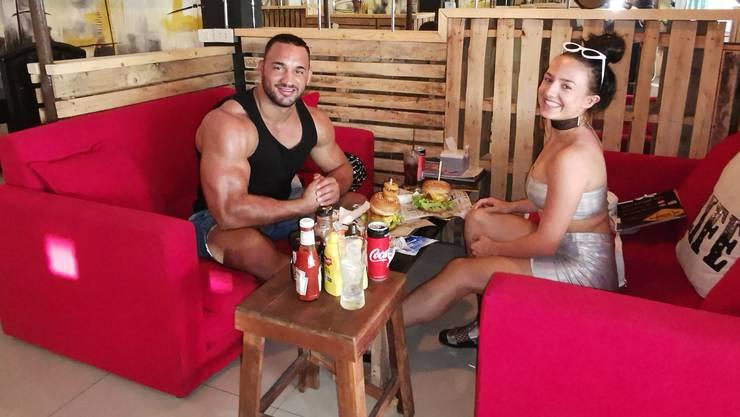 Der Burger ist die ganz grosse Ausnahme: Victor Iberg und Katalina Baumann wollen an die Weltmeisterschaften.