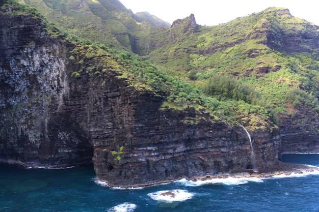 Das Flugzeug war über dem Na Pali Coast State Wilderness Park abgestürzt