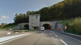 Der Unfall ereignete sich im Tunnel Ebenrain in Sissach.