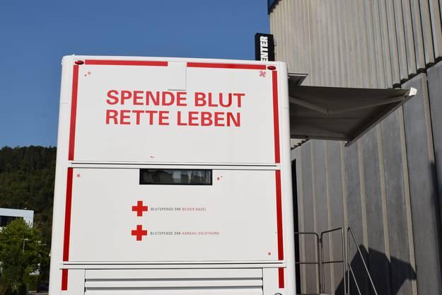 Die Blutspendezentren wollen damit bei Engpässen mobiler sein.