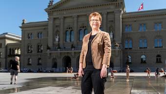 Ruth Müri auf dem Bundesplatz vor dem Bundeshaus. Da möchte sie nach den Wahlen ab der Wintersession politisieren.
